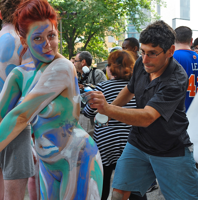 Artists models bodypainting day for Body paint party city